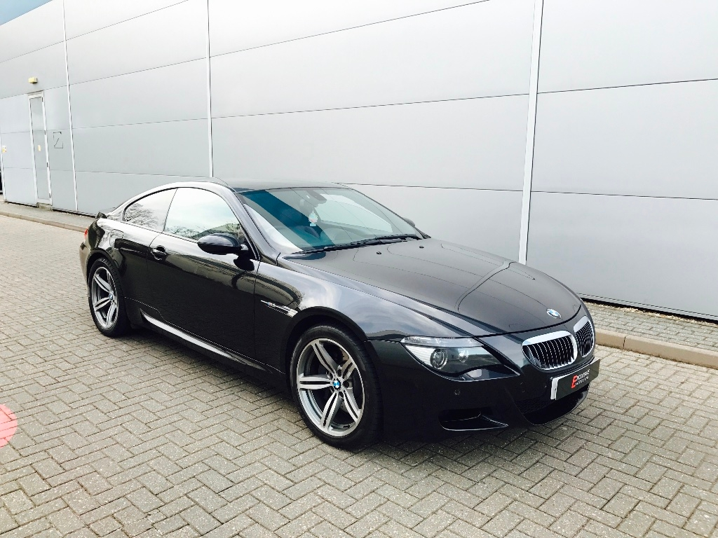 BMW M6 5.0 V10 SMG RHD Conduite a Droite