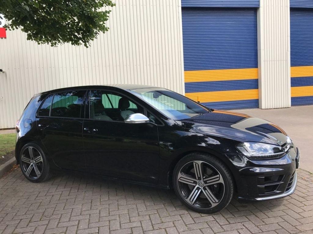 Volkswagen Golf 2.0 R 5DR 300hp RDH Conduite a Droite