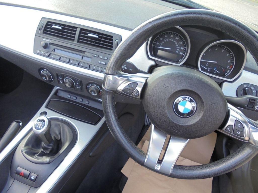 bmw 2 0 z4 se roadster rhd conduite a droite ukauto achat auto angleterre import voiture d. Black Bedroom Furniture Sets. Home Design Ideas