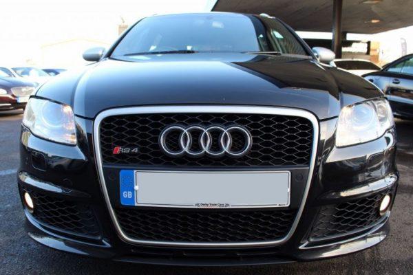 media2 6 600x400 - Audi A4 4.2 RS4 QUATTRO RHD Conduite a Droite