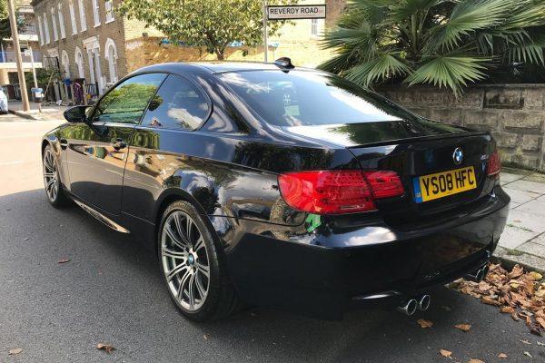 bé 600x400 - BMW 4.0 V8 M3 2dr