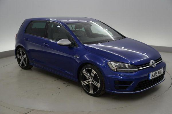 w3 600x400 - Volkswagen Golf 2.0 TSI R 5dr -