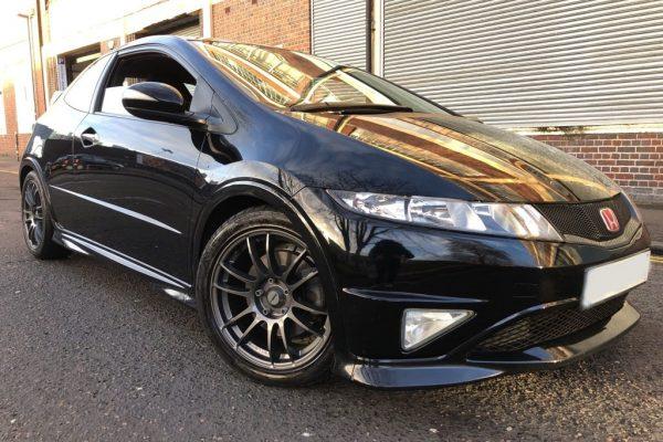 c3 600x400 - Honda Civic 2.0 i-VTEC Type R GT Hatchback 3dr