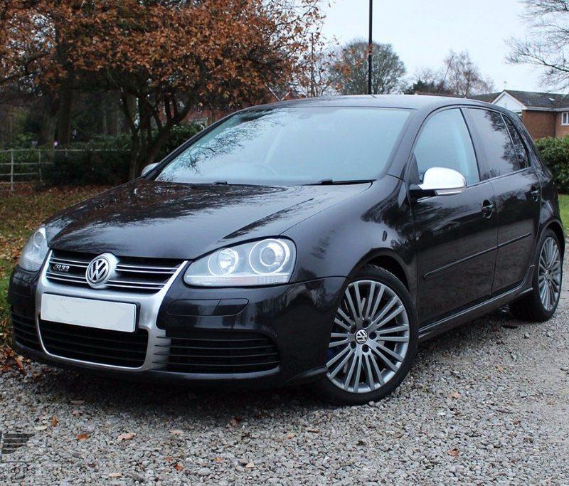 w7 800x683 - Volkswagen Golf 3.2 V6 R32 DSG 4MOTION 5dr