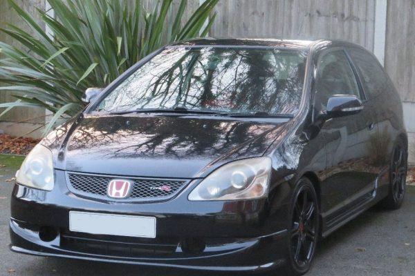 01 600x400 - Honda Civic 2.0 i-VTEC Type R Hatchback 3dr £2,990