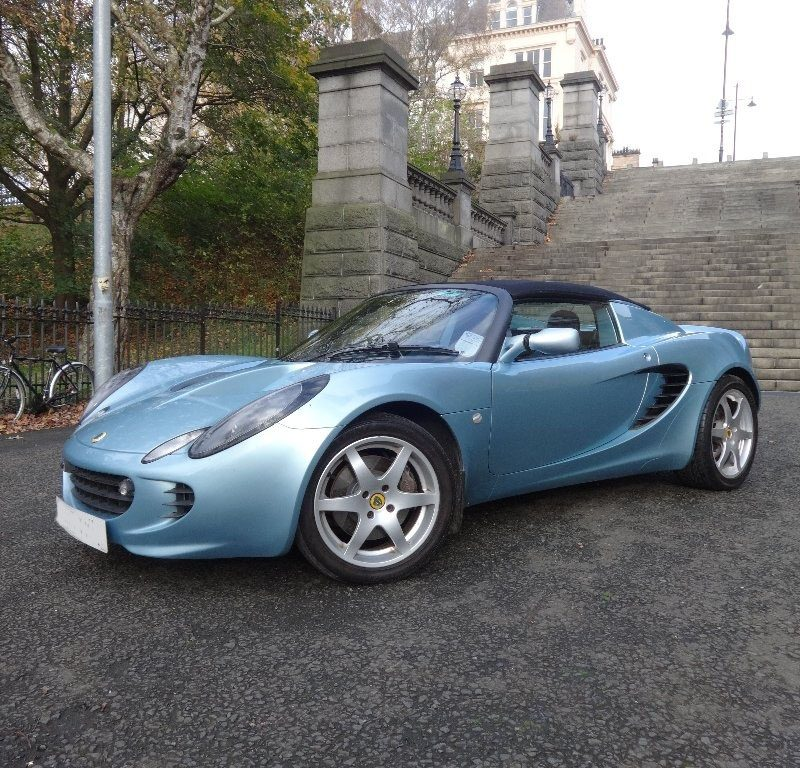 a1 7 800x768 - Lotus Elise 1.8 2dr
