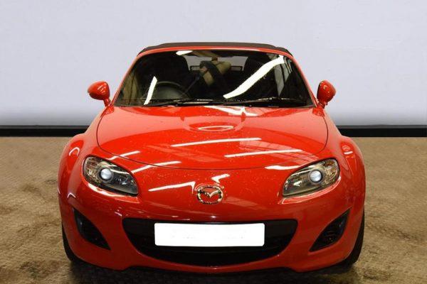 b3 2 600x400 - Mazda MX-5 CONVERTIBLE 1.8i SE 2d