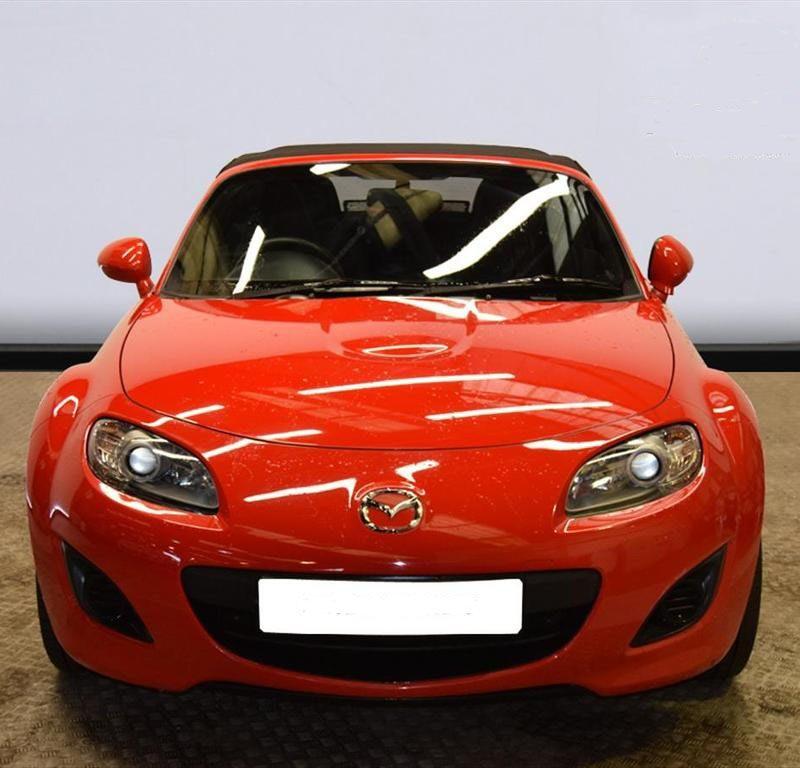 b3 2 800x768 - Mazda MX-5 CONVERTIBLE 1.8i SE 2d