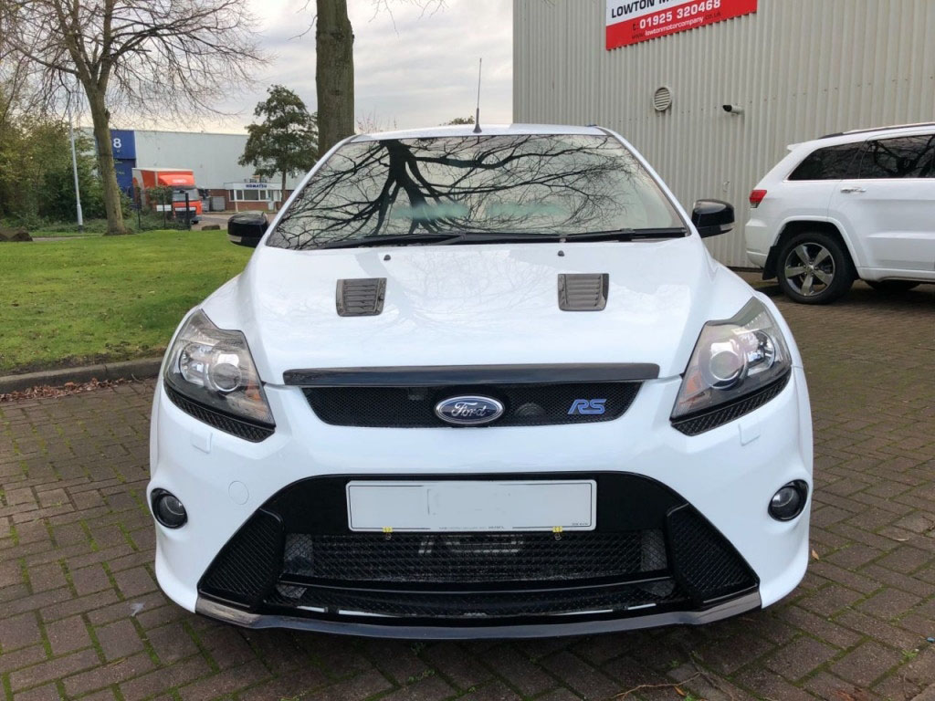 b6 4 - Ford Focus 2.5 RS 3DR 300 BHP