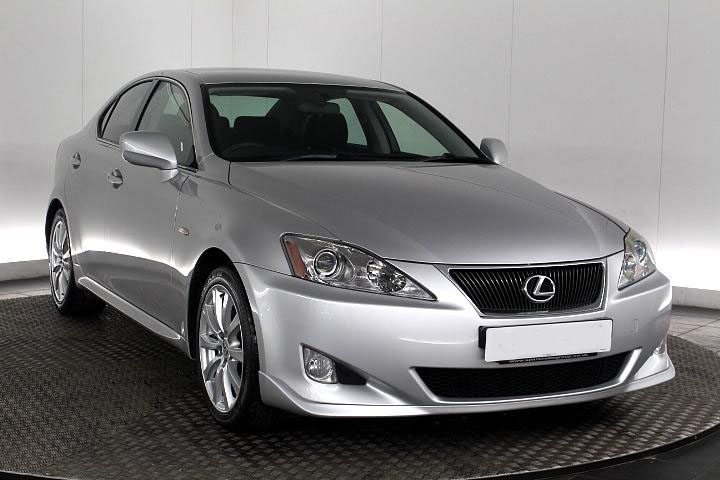 b9 - Lexus IS 250 2.5 SR 4dr