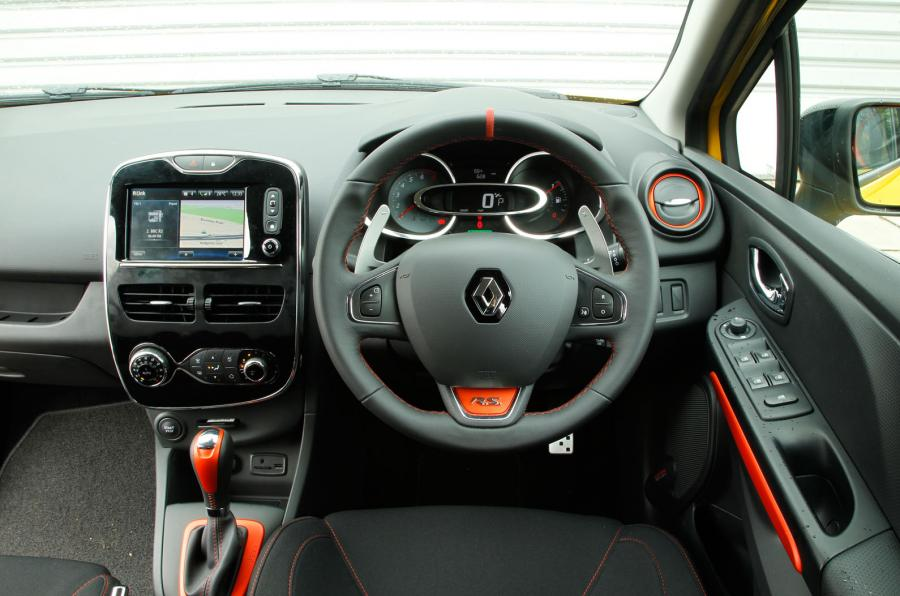 clio rs 200 010 - LA Renault clio RS rhd renault moins cher renault angleterre
