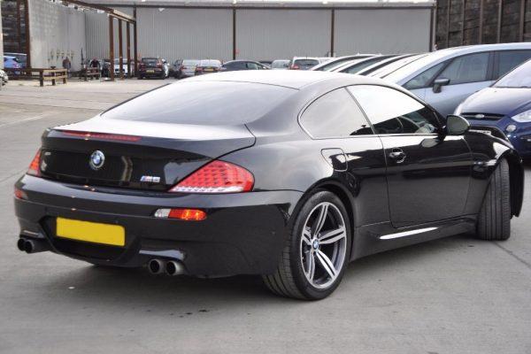 d4 2 600x400 - BMW M6 5.0 V10 SMG 2dr