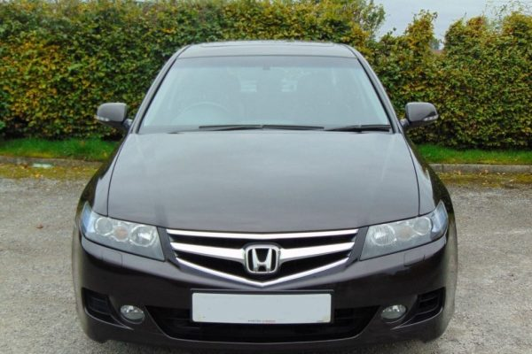 h2 1 600x400 - Honda Accord 2.2 I-CTDI EXECUTIVE 4d FULL SERVICE HISTORY