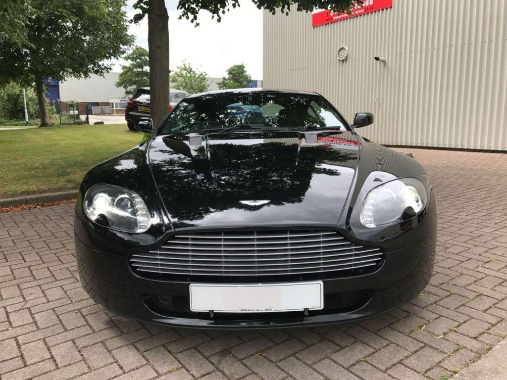 m7 - Aston Martin Vantage 4.3