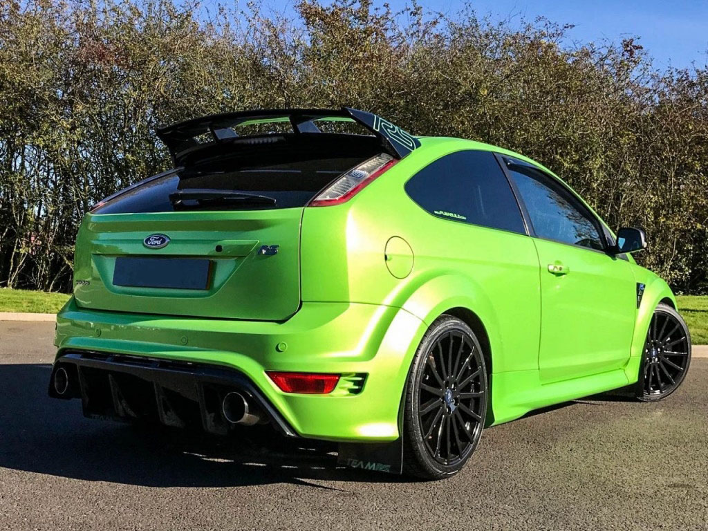 ford focus 2 5 rs 3d 300 bhp lux pack fsh ukauto achat. Black Bedroom Furniture Sets. Home Design Ideas