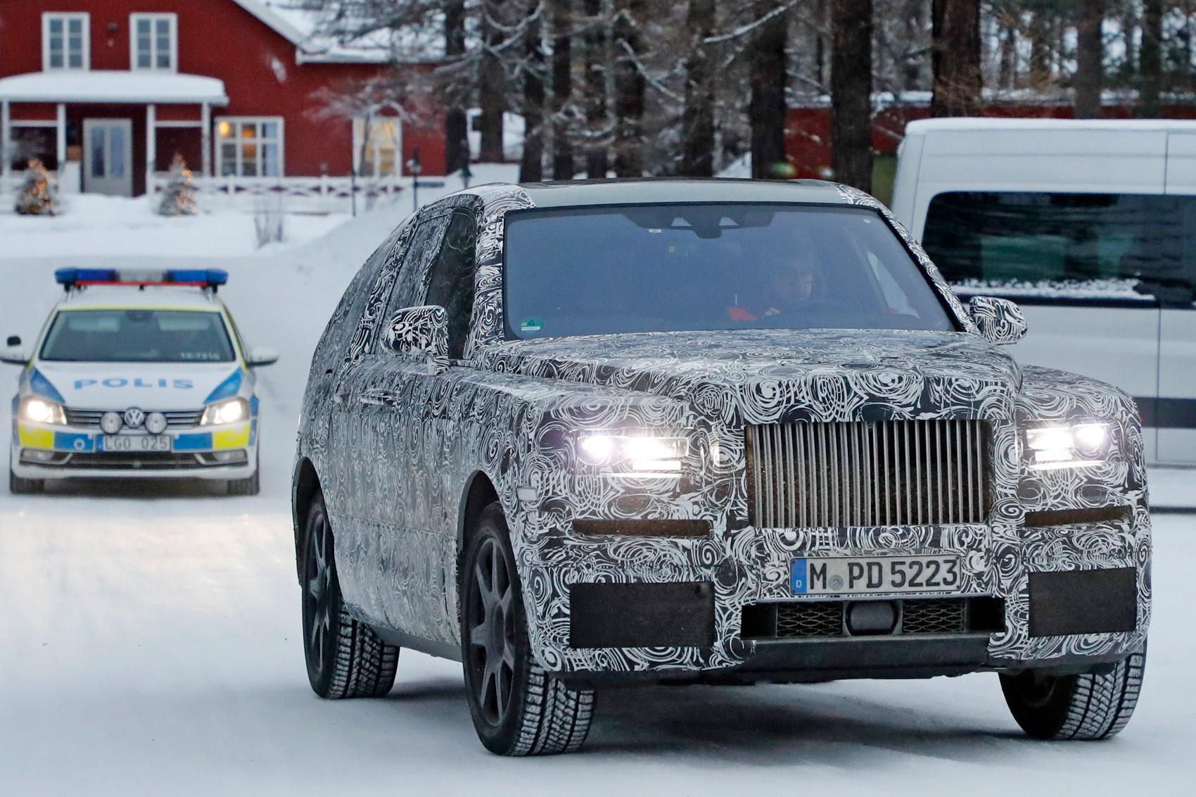 rolls royce cullinan 01 - Rolls-Royce voiture neuve au royaume uni la future Cullinan