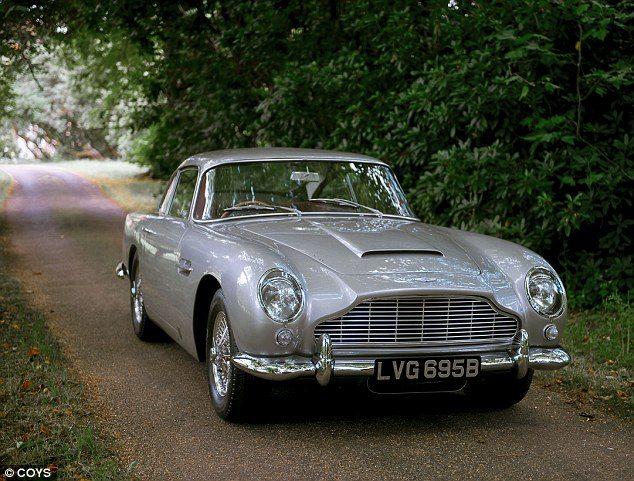Voiture coupé anglais Aston Martin DB51 - Voiture coupé anglais Aston Martin DB5