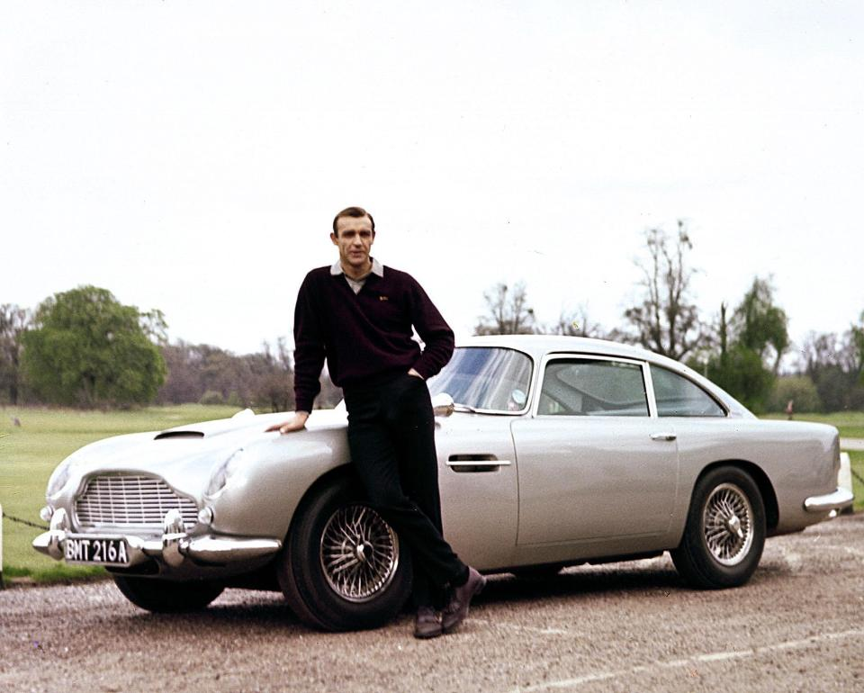 Voiture coupé anglais Aston Martin DB5s - Voiture coupé anglais Aston Martin DB5