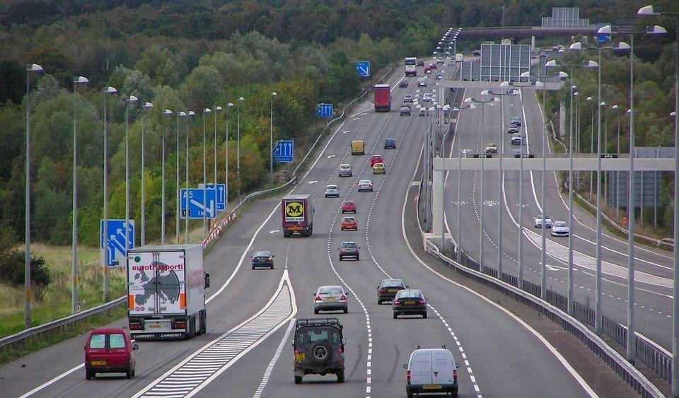LAngleterre veut augmenter la limitation vitesse angleterre autoroute2 - L'Angleterre veut augmenter la limitation vitesse angleterre autoroute