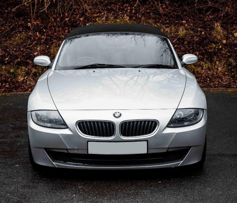 d3 1 800x684 - BMW Z4 2.0 i Sport Roadster 2dr