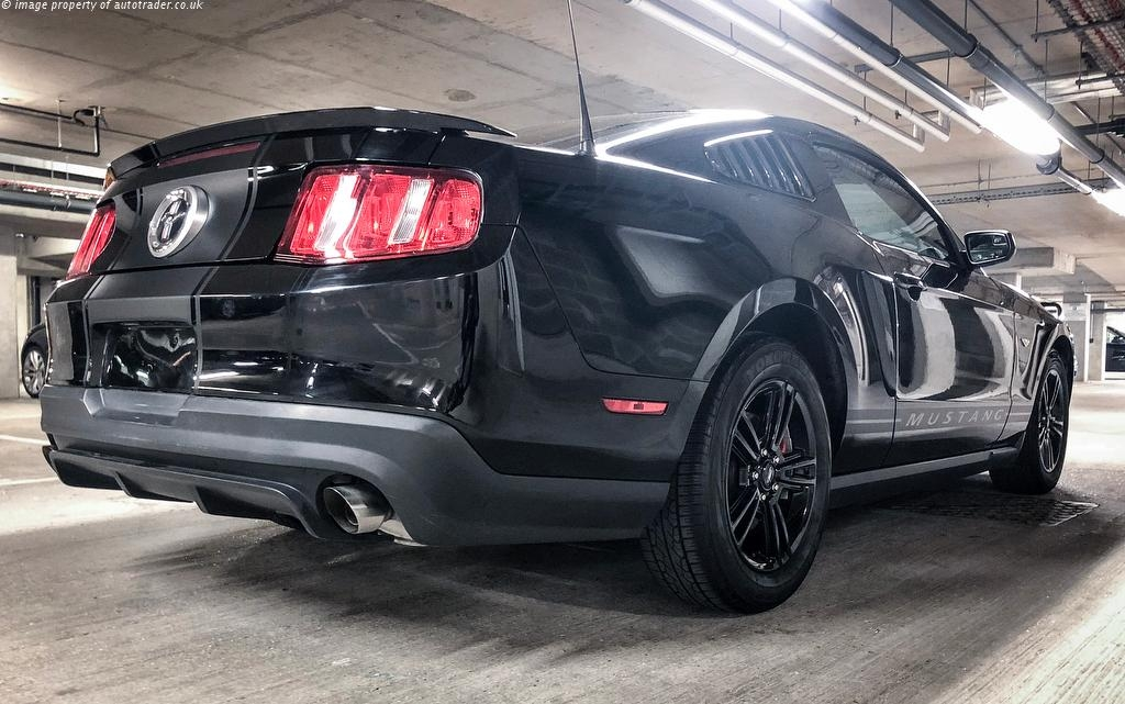 ford mustang 3 7 v6 310bhp automatic ukauto achat auto angleterre import voiture d occasion. Black Bedroom Furniture Sets. Home Design Ideas