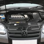 z9 150x150 - Volkswagen Golf 3.2 V6 R32 4MOTION