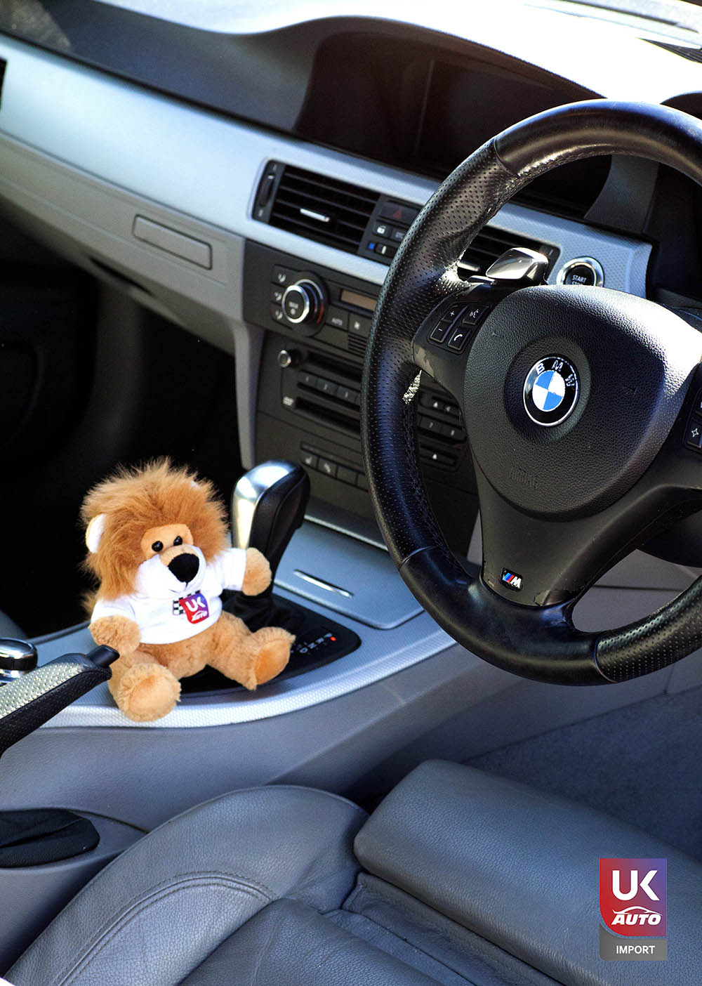 IMG 2843 - Import BMW 330I RHD PACK M voiture anglaise occasion moins cher par ukauto.fr