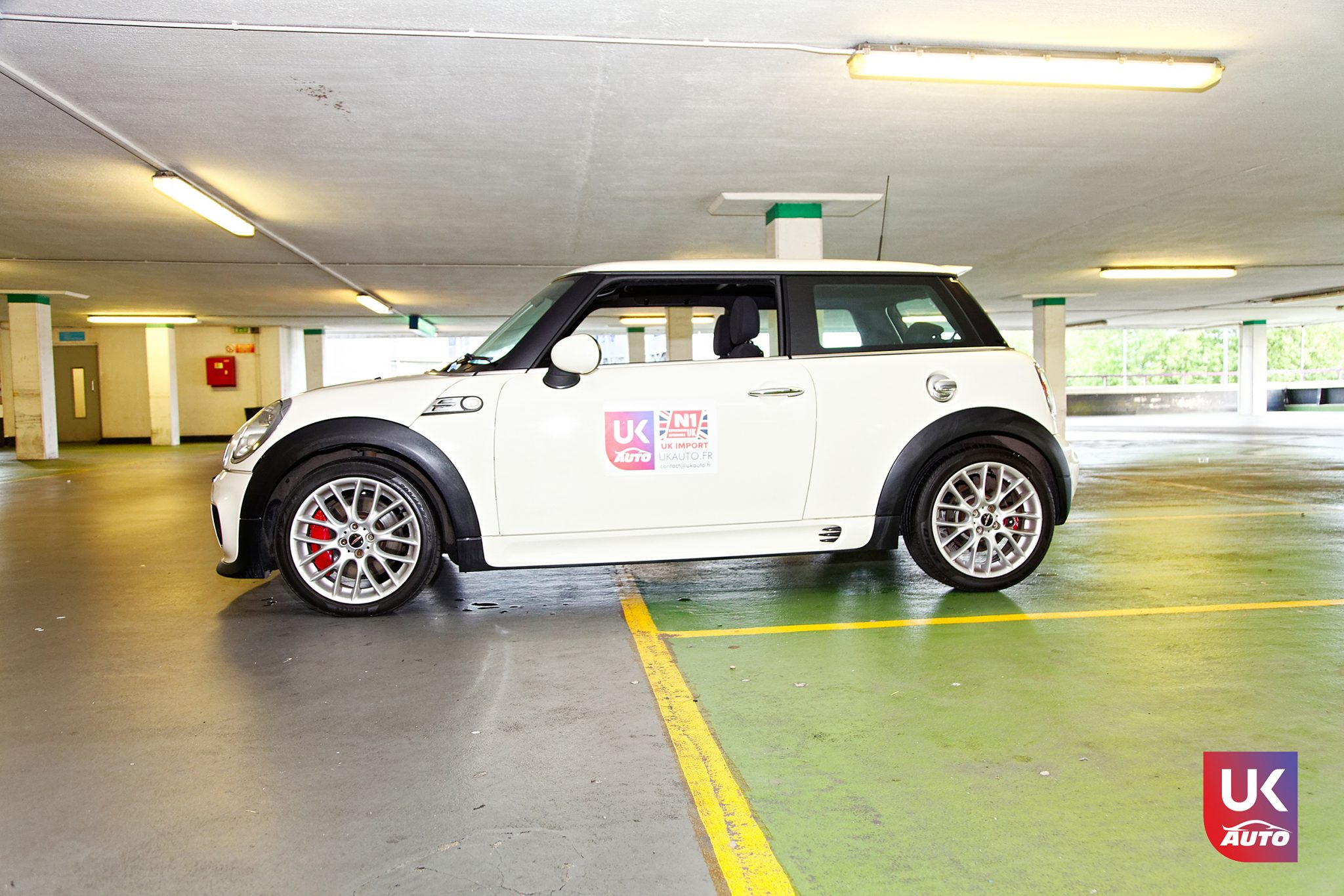 uk mini angleterre mini cooper jcw john cooper works importation angleterre voiture occasion angleterre2 - Felicitation a Antoine Mini Cooper JCW John Cooper Works R56 voiture d'occasion en Angleterre